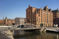 Deutschland, Hamburg, HafenCity, Speicherstadt, Internationales Maritimes Museum, Busanbrücke - WIF03733