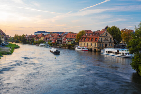 Germany, Bavaria, Bamberg, Little Venice and Regnitz river at twilight - TAMF01146
