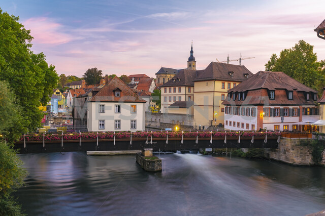 Germany, Bavaria, Bamberg, old town, Regnitz river at twilight - TAMF01152