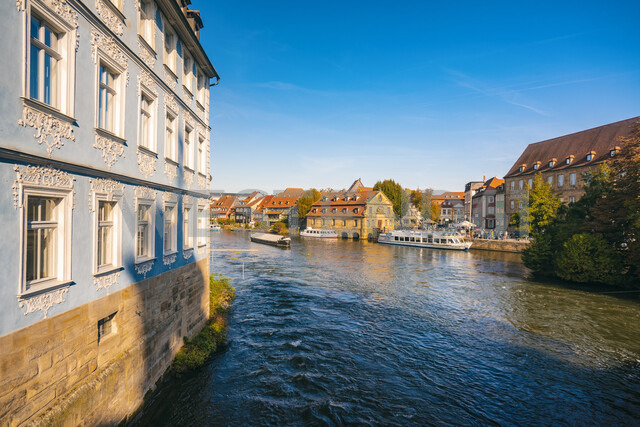 Germany, Bavaria, Bamberg, old town, Regnitz river - TAMF01161 - A. Tamboly/Westend61