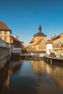 Germany, Bavaria, Bamberg, Old town hall and Regnitz river - TAMF01170