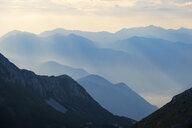Ausblick vom Jezerski Vrh im Lovcen Nationalpark, im Tal Bucht von Kotor, bei Cetinje, Montenegro - SIEF08316