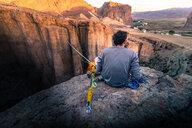 Highlining in Piedra Parada, Argentina - ISF20427
