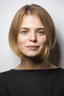 Portrait of blond young woman with bob hairdo - VGF00201