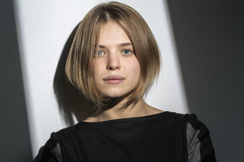 Portrait of blond young woman with bob hairdo - VGF00204