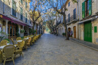 Spain, Baleares, Mallorca, Valldemossa, alley and empty street restaurant - THAF02446