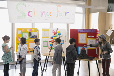 Elementary students with projects at science fair - HEROF06759