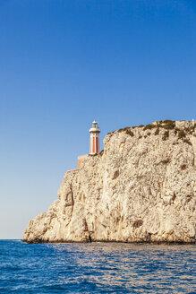 Italy, Campania, Capri, Rocky cliffs - FLMF00094