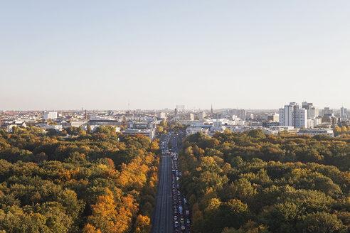 Germany, Berlin, view to Großer Tiergarten and Schoeneberg from Victory Column - GWF05821
