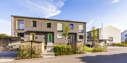 Germany, Fellbach, energy saving house development area - WDF05050