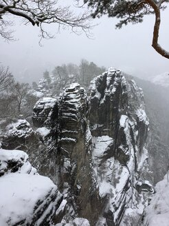Germany, Saxony, Saxon Switzerland, Bastei area in winter - JTF01172