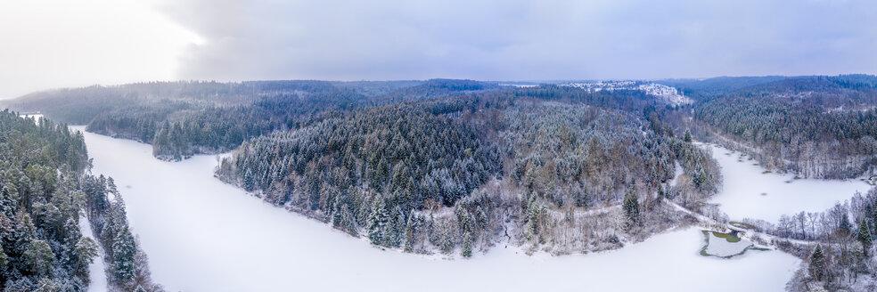 Luftaufnahme, Panorama Herrenbachstausee im Winter, Schwäbischer Wald, Rems-Murr Kreis, Baden Württemberg, Deutschland - STSF01830