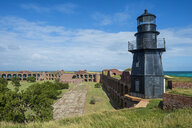 USA, Florida, Florida Keys, Dry Tortugas National Park, Lighthouse in Fort Jefferson - RUNF01020