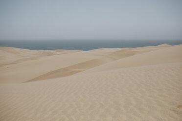 Namibia, Walvis Bay, Namib-Naukluft National Park, Sandwich Harbour, dune landscape - LHPF00429