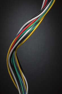 Contrasting multicolor computer cable winding in bundle - HEROF12730