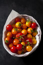 Basket of cherry tomatoes 'Golden Nugget' - CSF29233