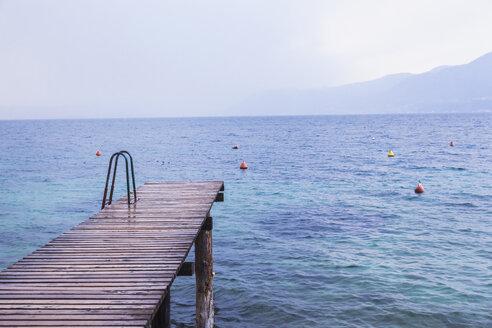 Italy, Veneto, Lake Garda near Brenzone - FLMF00121