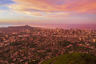 USA, Haswaii, Oahu, Honolulu, view from Tantalus Lookout at sunrise, Puu Ualakaa State Park - FOF10253