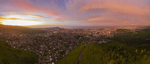 USA, Haswaii, Oahu, Honolulu, view from Tantalus Lookout at sunrise, Puu Ualakaa State Park - FOF10268