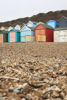 United Kingdom, Milford on Sea, beach in winter - IGGF00753