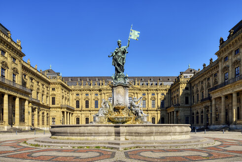 Wuerzburg Residence with Franconia Fountain, UNESCO World Heritage Site, Wuerzburg, Franconia, Bavaria, Germany - RUEF02096