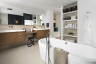 Home showcase modern bathroom with soaking tub - HEROF20522