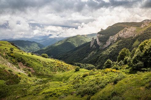 Landscape near Fuente De in national reserve Parque National de los Picos de Europa, Potes, Cantabria, Spain - CUF48783