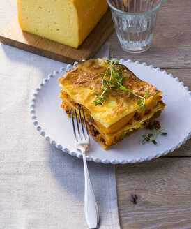 Piece of pumpkin lasagna on plate - PPXF00167