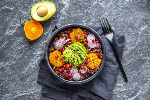 Red Quinoa salad with avocado, tomatoes, red radishes, pomegranate seeds, black sesame and cress - SARF04101