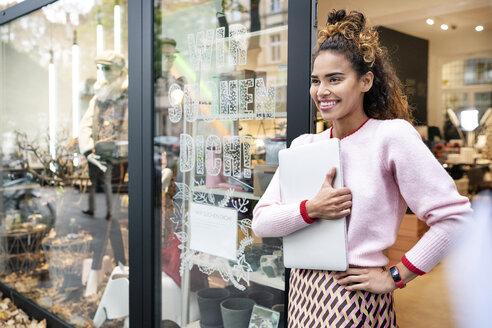 Deutschland, NRW, Köln, Fashion, Store, shopping, sales, - PESF01405