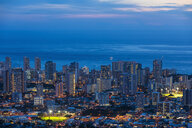 USA, Hawaii, Oahu, Pacific Ocean, Skyline of Honolulu, blue hour after sunset - FOF10295