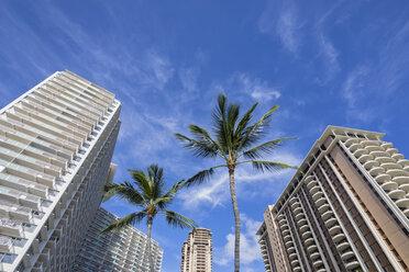 USA, Hawaii, Oahu, Honolulu, Waikiki, high-rise buildings, low angle view - FOF10334
