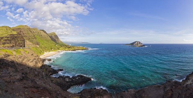 USA, Pazific Ocean, Hawaii, Oahu, View from Makapu'U Point, Kaohikaipu Island, State Seabird Sanctuary - FOF10342