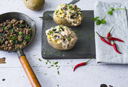 Baked patatoes with curd, black beans, chili and minced meat - PPXF00184