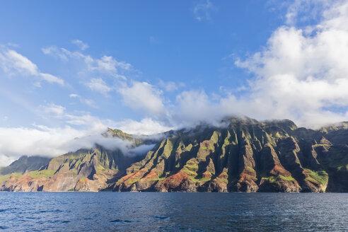 USA, Hawaii, Kauai, Na Pali Coast State Wilderness Park, Na Pali Coast - FOF10398