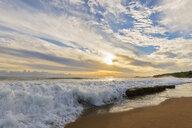 USA, Hawaii, Kauai, Eleele, Salt Pond Park at sunset - FOF10462