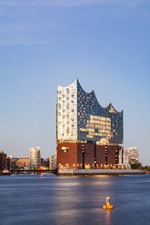 Germany, Hamburg, Elbe Philharmonic Hall and HafenCity - WDF05087