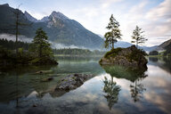 Germany, Bavaria, Ramsau, Hintersee - DLF00026