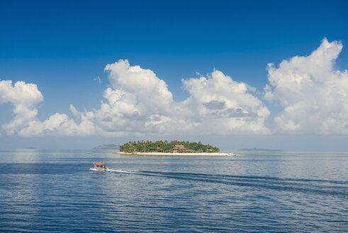 Fiji, Mamanuca islands, Treasure island - RUNF01337