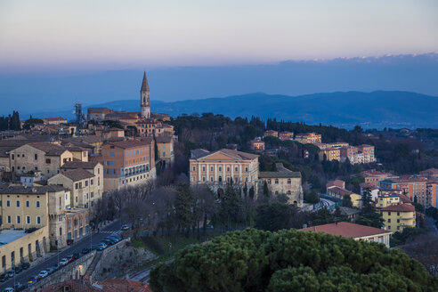Italy, Umbria, Perugia, view of the city valley and its surrounding hills at sunset - FLMF00143