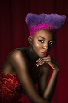 Portrait of lascivious young woman with pink and purple dyed hair - DMOF00141