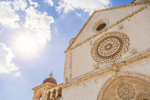 Italy, Umbria, Assisi, close-up of Basilica of Saint Francis of Assisi in backlight - FLMF00149