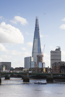 UK, London, Southwark, River Thames, The Shard - WIF03834