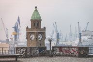 Germany, Hamburg, St Pauli Landing Stages in winter - KEBF01205