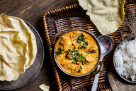 Indian Butter Chicken with Papadam and rice - SBDF03906