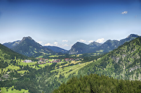 Germany, Bavaria, Oberallgaeu, View from Imberger Horn mountain to Oberjoch, Bad Hindelang - ALEF00103