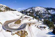 Austria, Vorarlberg, Allgaeuer Alps, winter at Hochtannberg Pass - STSF01853