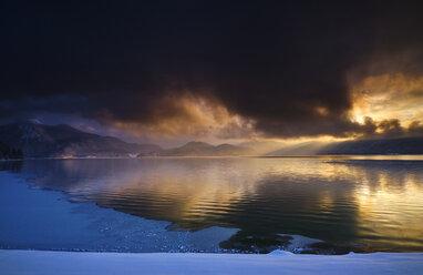 Germany, Bavaria, Walchensee, sunrise - MRF01927