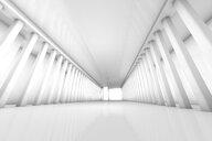Futuristic white room, 3D Rendering - SPCF00364