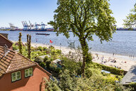 Germany, Hamburg, Oevelgoenne, house at the Elbe shore seen from Himmelsleiter - WDF05167